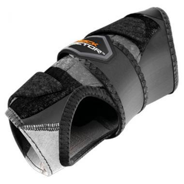 Shock Doctor 824 Wrist 3-Strap Support