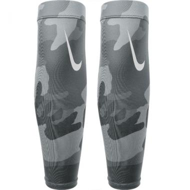 Nike Pro Combat Amplified Camo 3.0 Forearm Shiver
